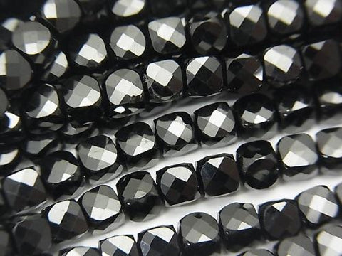 High Quality! High Quality Black Spinal AAA Cube Shape 4x4x4mm half or 1strand (aprx.15inch / 37cm)