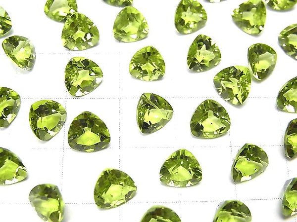 High Quality Peridot AAA Undrilled Triangle Faceted 7x7mm 2pcs $7.79!