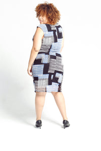 Sleeveless printed dress - Size: 16