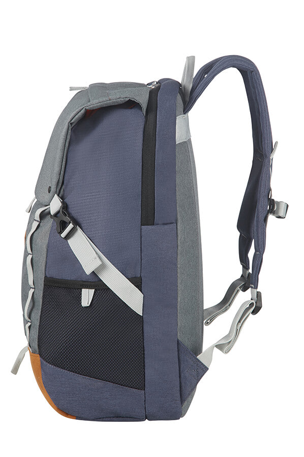 American Tourister Urban Groove 1 Lifestyle Backpack4 - 17.3"