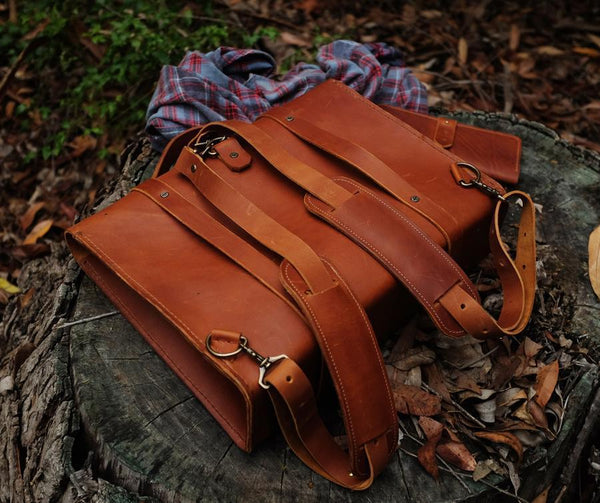 Bark And Mill Messenger Backpack | Tan - KaryKase