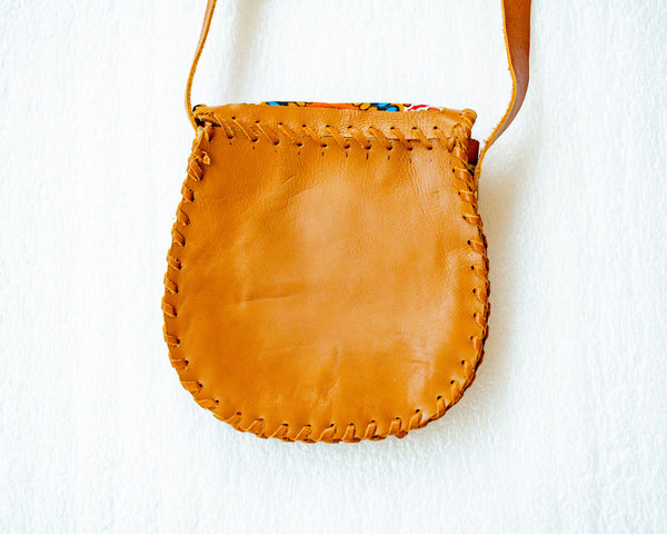 Mebala Handmade Curved Sling Bag | Tan/OR Print