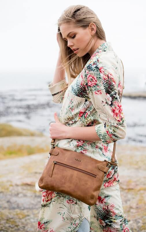 Zemp Ibiza Cross Body Bag | Waxy Tan - KaryKase