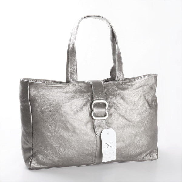 Thandana Ellie Metallic Leather Handbag | Silver - KaryKase