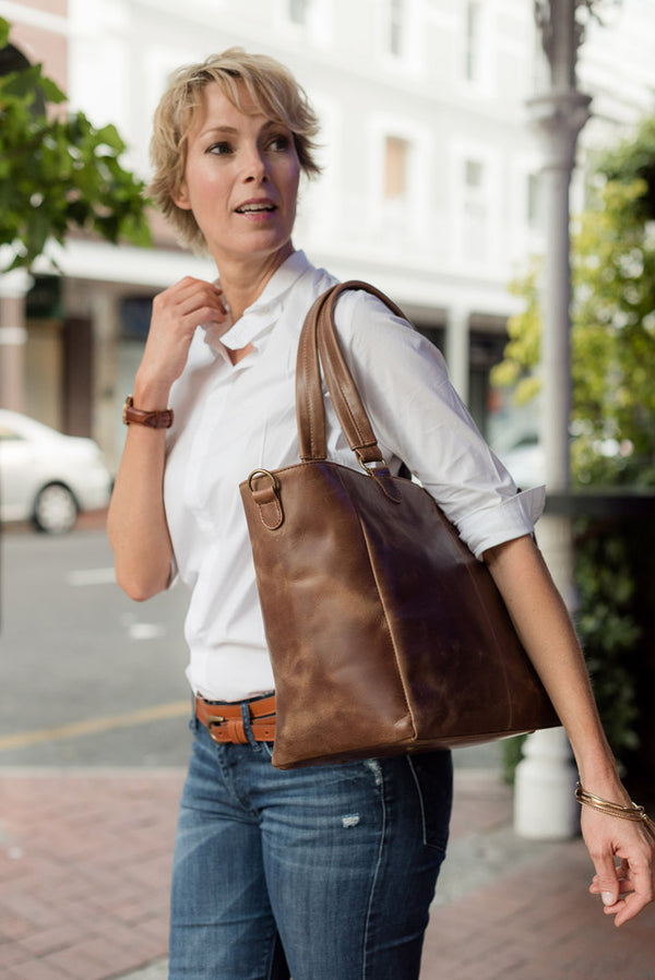 Zemp Lilly Lux Tote | Waxy Tan