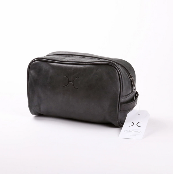Thandana Mens Vanity Leather Case | Black