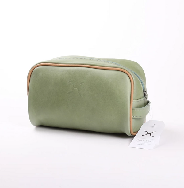 Thandana Mens Vanity Leather Case | Green