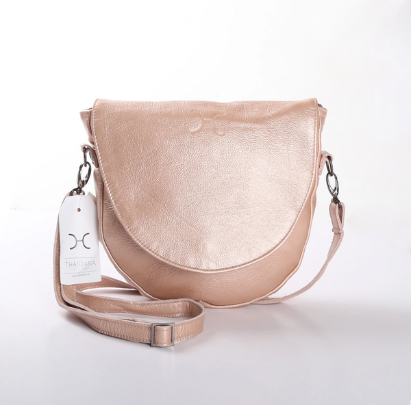 Thandana Saddle Metallic Leather Handbag | Rose Gold - KaryKase