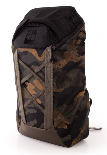The North Face Instigator 28 Backpack | Burnt Olive Green Woodland Camo Print / New Taupe Green