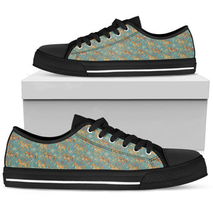 Beautiful Marching Horses Women's Low Top Shoes