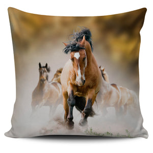 Speed Runners Horses Pillow Cover