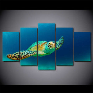 art with swimming Turtle