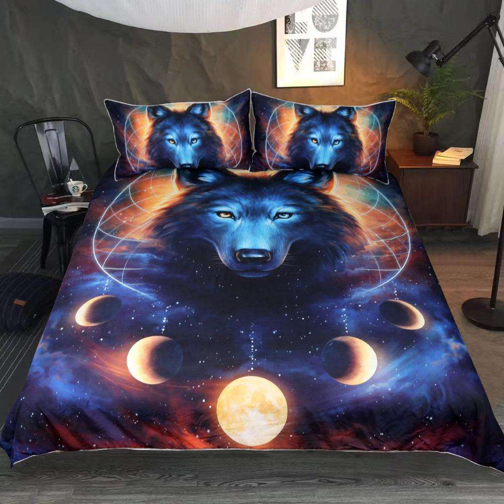 bed set with a Wolf