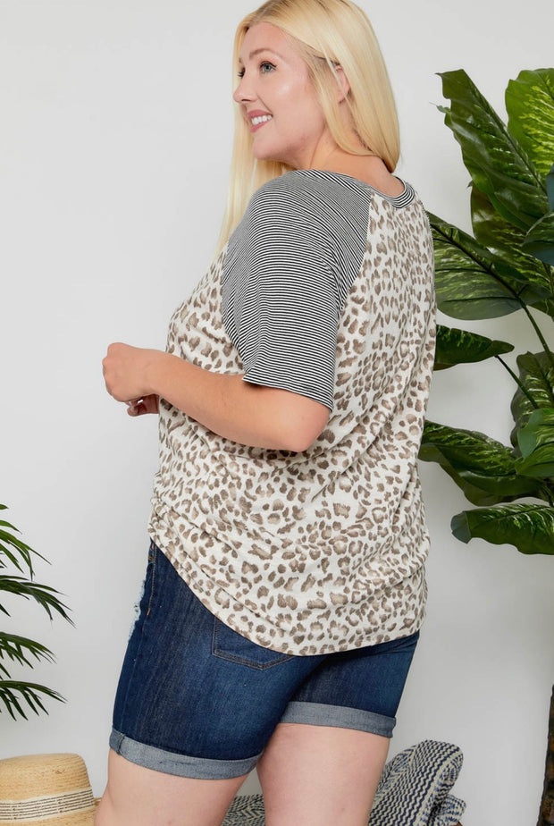 Plus Leopard Print Top - Forever Western Boutique