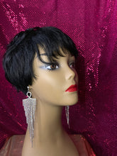 Load image into Gallery viewer, Diva Glam Sophisticated Short Cut 100% Human Hair Wig