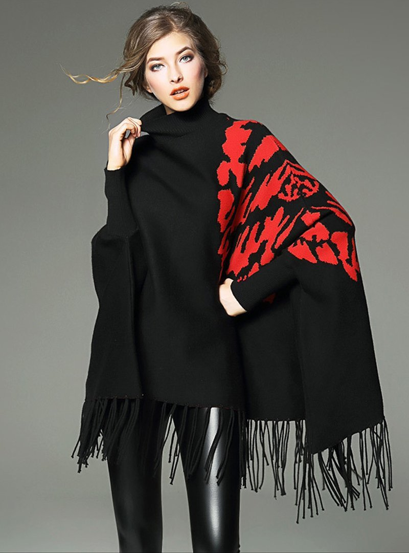 Printed Bat Sleeve Sweater With Tassel