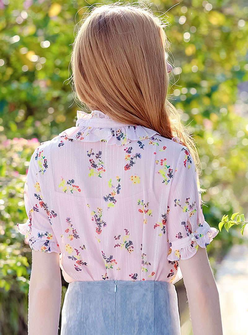 Pink Floral Printed Ruffle Blouse