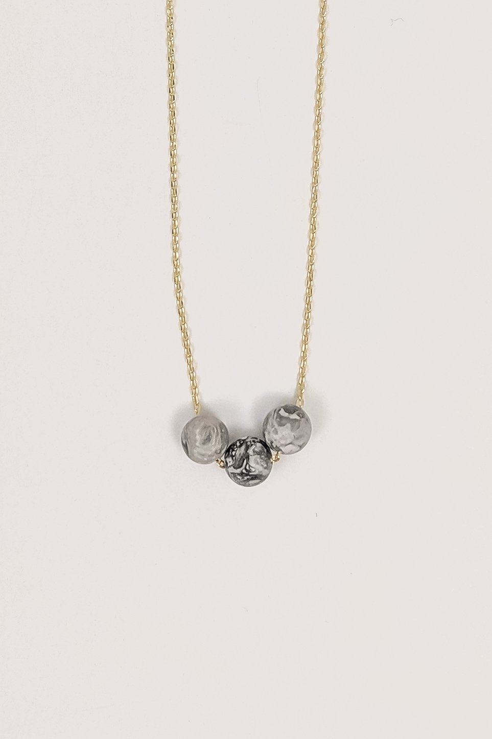 Three of a Kind Necklace in Cement - Boutique 1780
