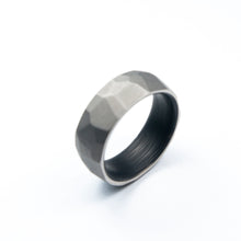 Load image into Gallery viewer, Titanium Crystal Ring