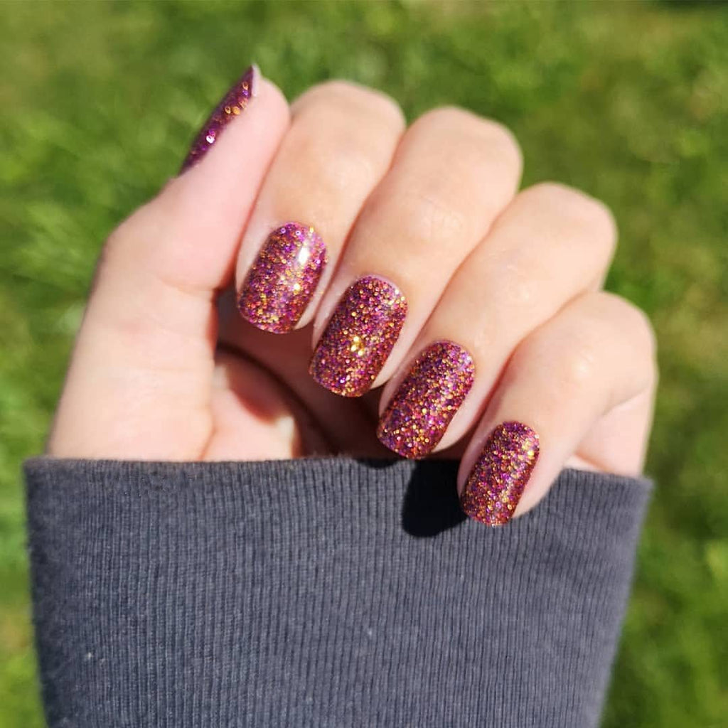 Good Knight | Glitter Burgundy Red Nail Wraps