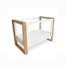 Load image into Gallery viewer, Babyhood bella baby cot in cot level with drop side up