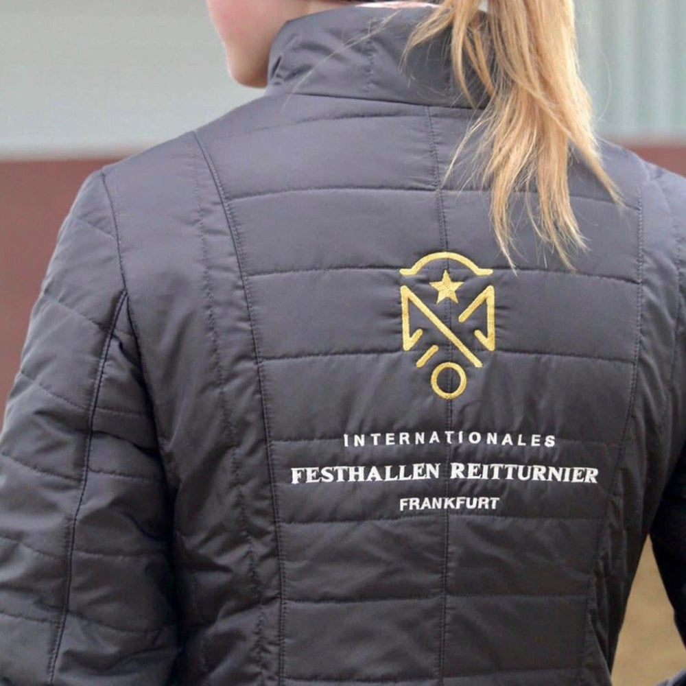 outdoorjacke-frankfurt-festhallen-reitturnier-international-warm