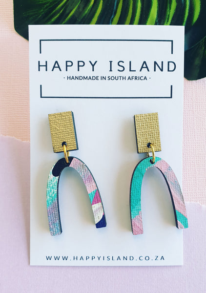 Carrie Arch Dangle - HAPPY ISLAND