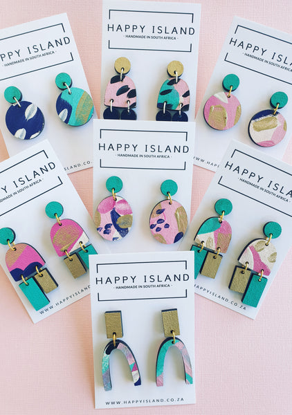 Carrie Oval Dangle - HAPPY ISLAND