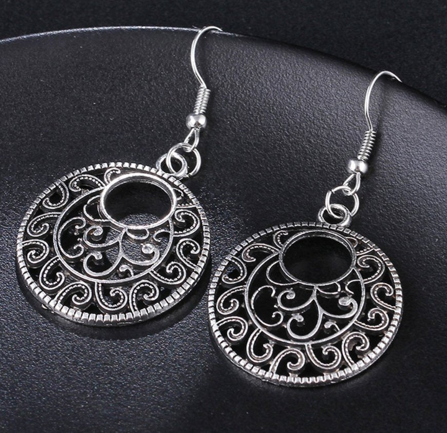 Silver geometric filigree hippy earrings