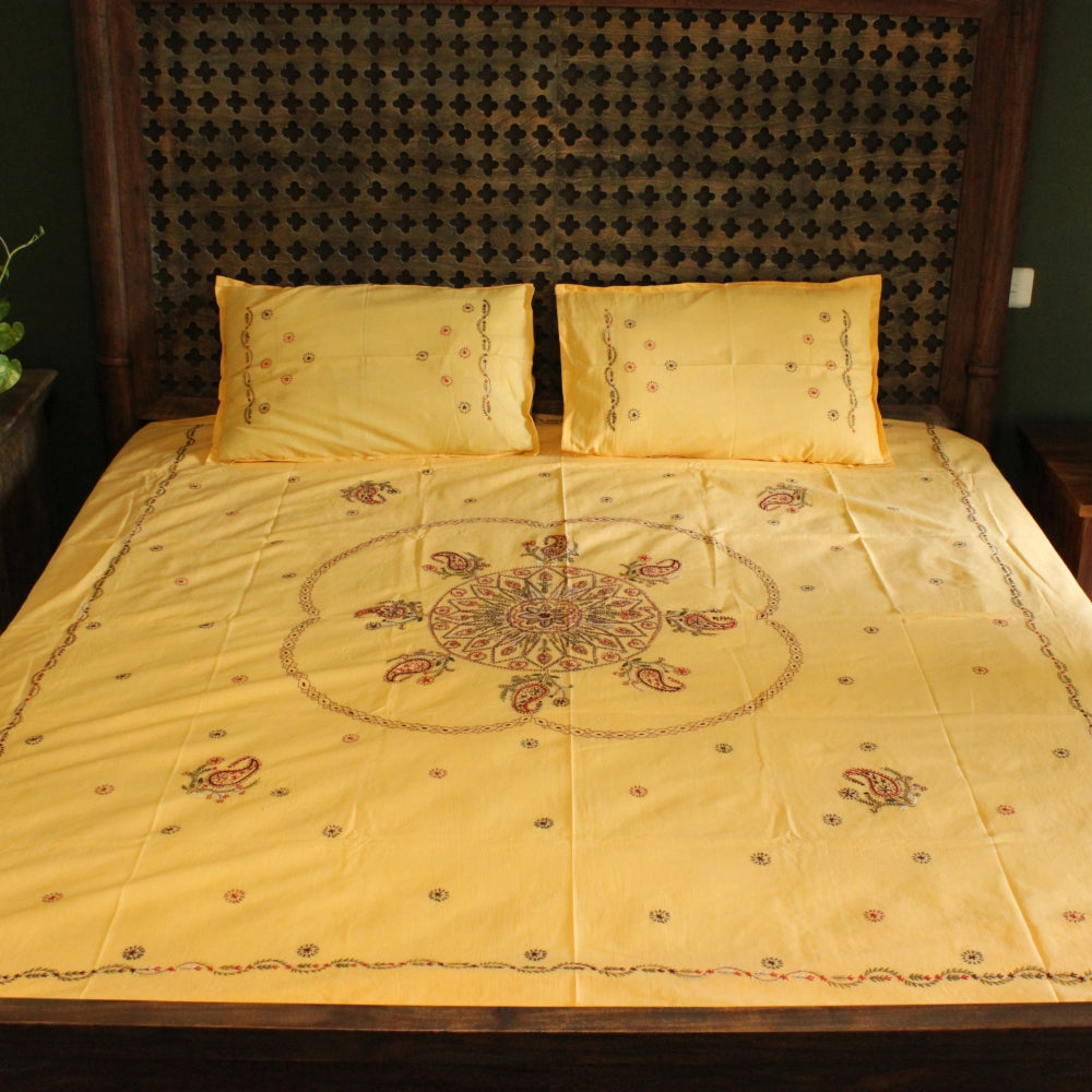 Padak in Shrikand Hand embroidered bed linen - inkahaani