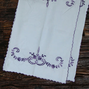 Lain in Khara Hand embroidered bed linen - inkahaani