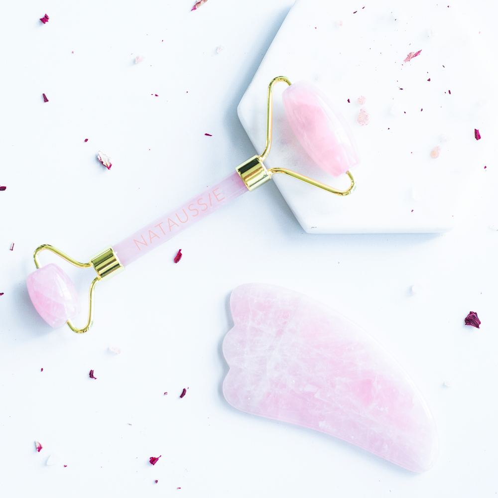 Rose Quartz Roller & Gua Sha Set in Gold
