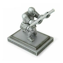 Load image into Gallery viewer, Silver Executive Knight Pen Holder Action Figure Armor Hero Pen Holder Table