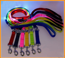 Pet supplies bright pull rope chain with LED light