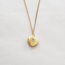 Load image into Gallery viewer, Sparkle Locket necklace