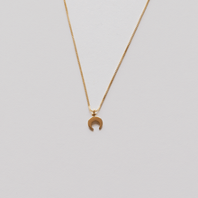 Load image into Gallery viewer, Moon Crescent Necklace