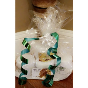 Gift basket  (Curbside pick up available)