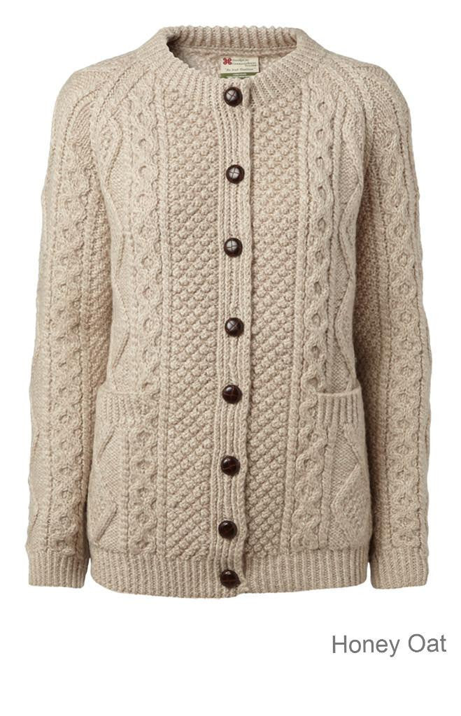 "Copy of Carraig Donn  ""Luxury Aran Ladies"" Cardigan, Håndstrikket Dame Merino."