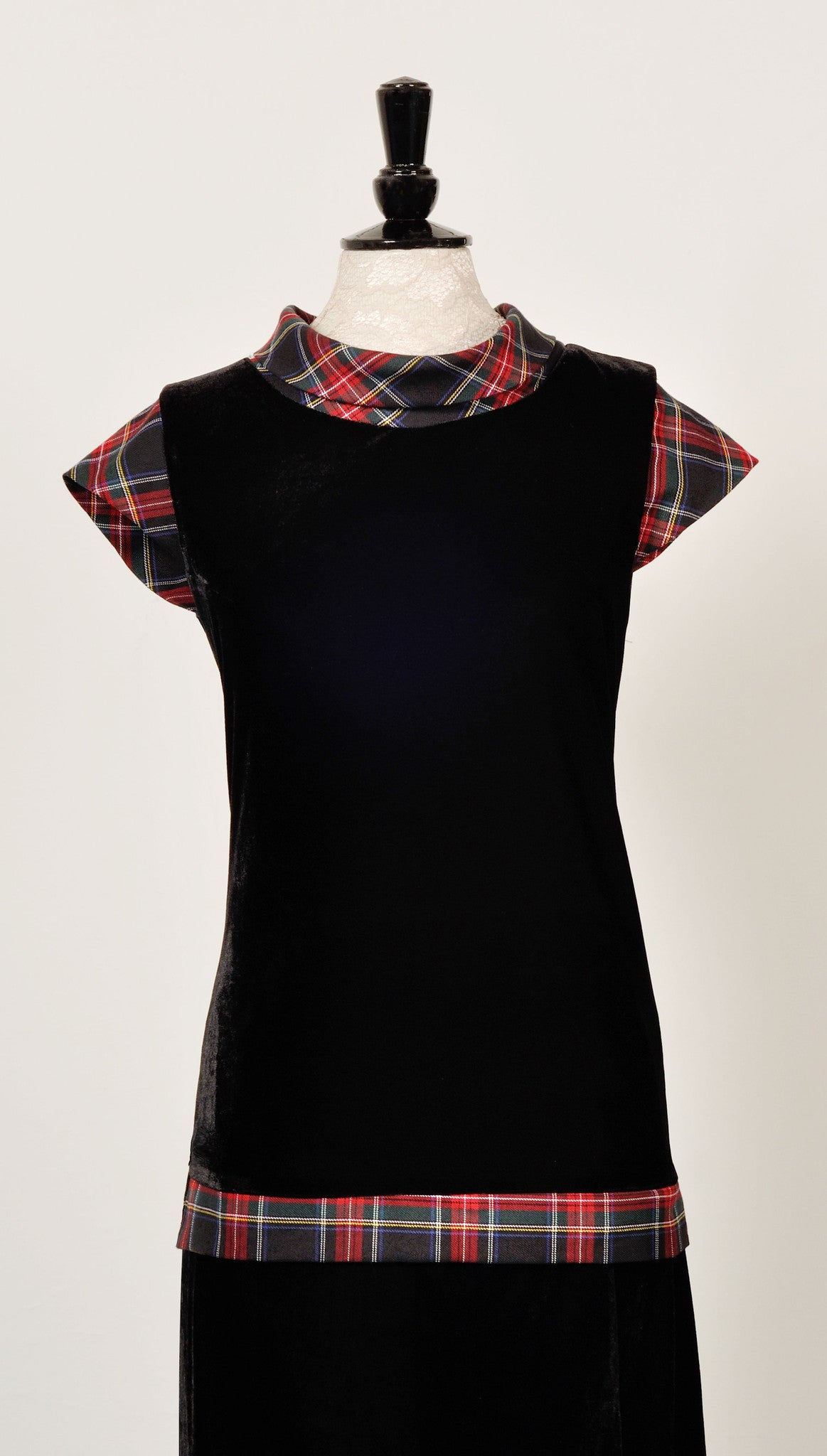 Maggie velvet top with Black Stewart tartan trim