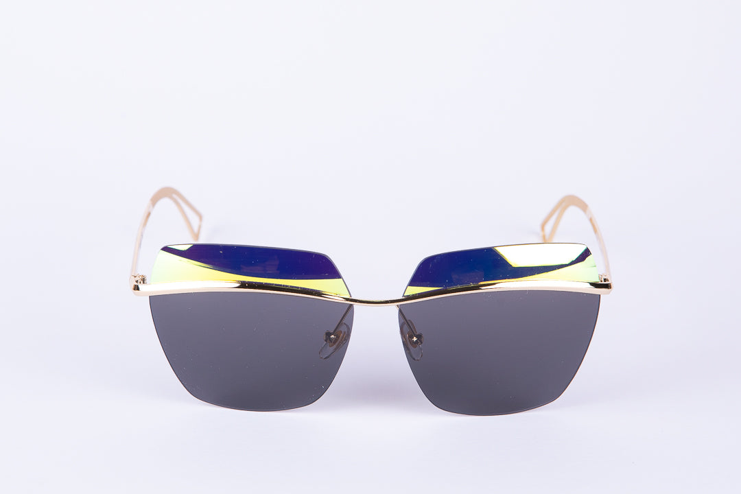 Oversized Cat-eye Sunglasses With Mirrored Green Trim