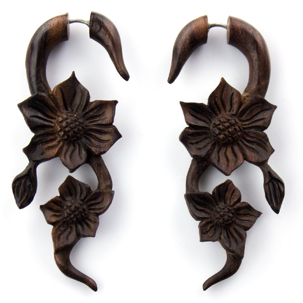 Daisy Vine Sono Wood Fake Gauges Earrings
