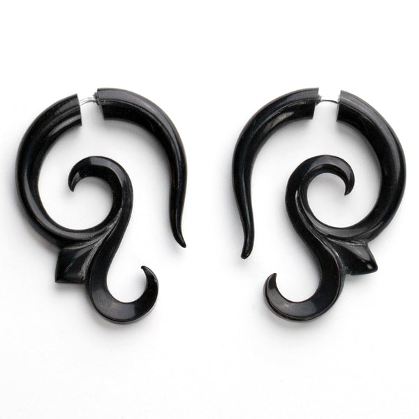 Lacey Curl Fake Gauges Horn Earrings