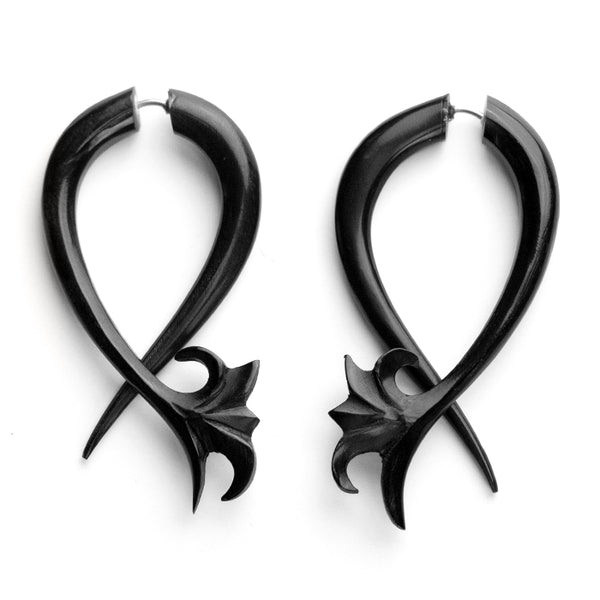 Vine Twist Fake Gauges Hoop Horn Earrings