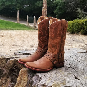 Man rodeo boots reyme use FREE SHIPPING CODE losleyva2019