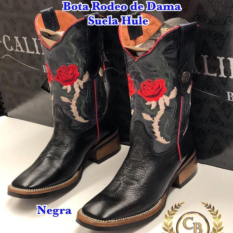 Rodeo woman red Rose. Use the code LOSLEYVA2019 AND GET FREE SHIPPING