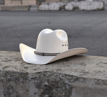 Load image into Gallery viewer, Sombrero fino 200x Est Rodeo 🤠 punta cuadrada