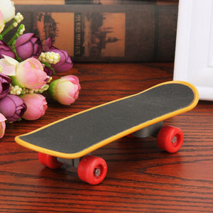 Mini Skateboard Scooter for Small Pet Birds