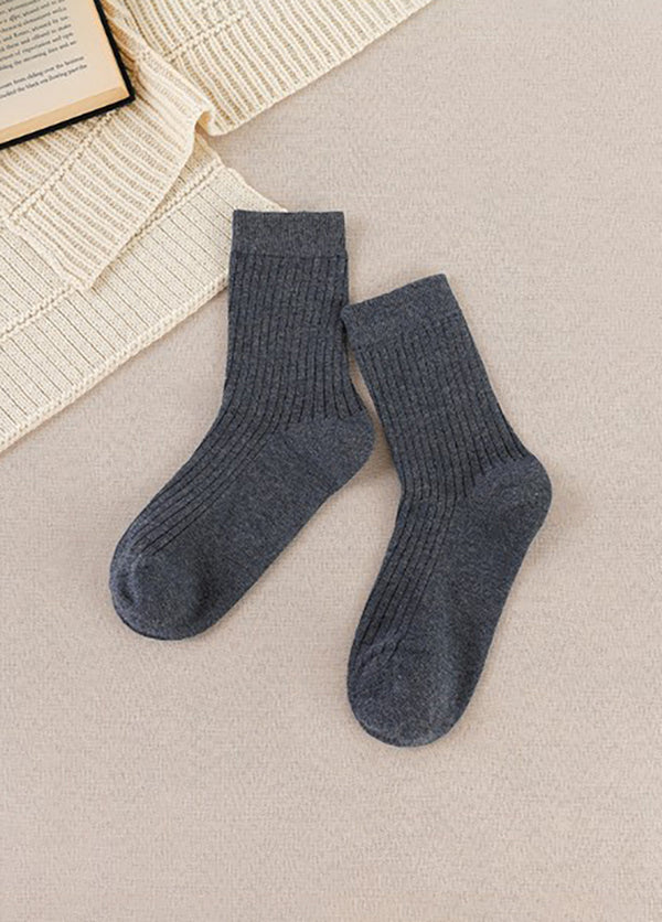 Solid Color Middle Cut Women's Socks
