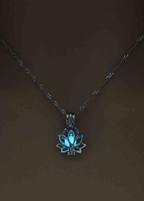 Lotus Luminous Necklace