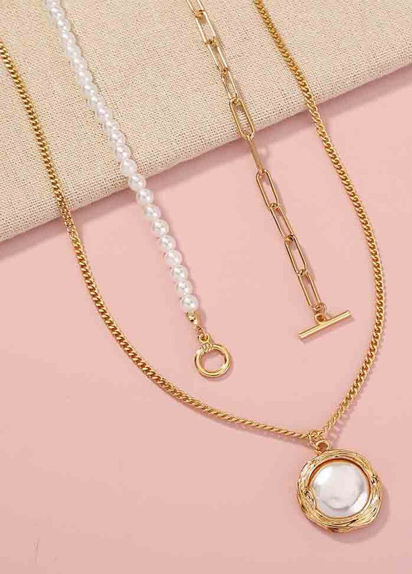 Pearl Buckle Necklace